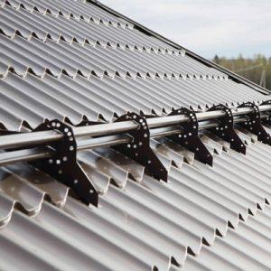 Универсальные снегозадержатели на крышу