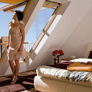 Мансардные окна-балкон